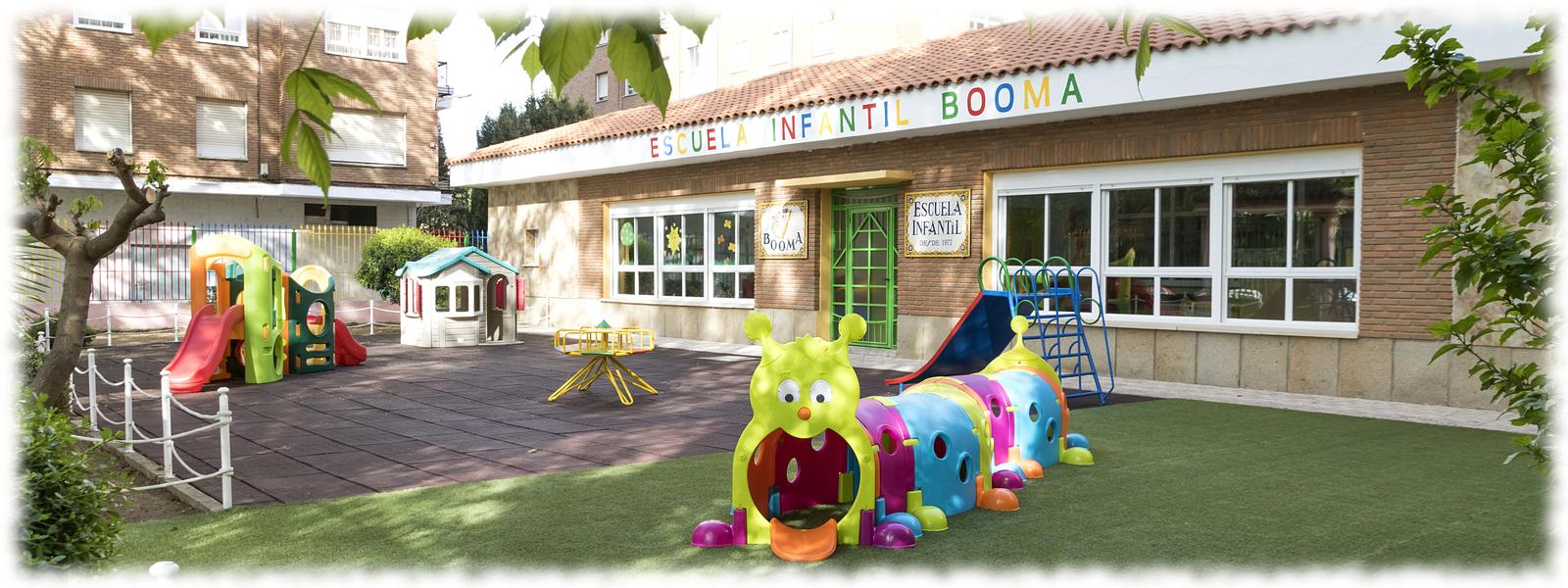Juegos de patio exterior de la Escuela Infantil Booma en Talavera de la Reina